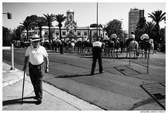 / (Matías Brëa) Tags: calle street documentalismo social streetphotography documentary blancoynegro blackandwhite byn bw bnw