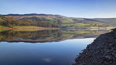 Lake Placid (G-WWBB) Tags: reflections ladybower ladybowerreservoir hopevalley valley reservoir reflect reflecting blue bluesky landscape green fields rocks trees waterfront water waterside calm peakdistrict peaks