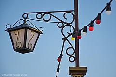 Detalle exterior Circo (Martin Kastar) Tags: cielo circo circ circus cirque farol luz fanal bombillas lightbulbs lampadaire ampoule lampadina bombeta cable