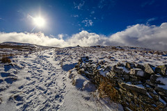DSC_0090. - Pennine Way (SWJuk) Tags: gayle england unitedkingdom swjuk uk gb britain yorkshire northyorkshire yorkshiredales dales wensleydale landscape countryside pennineway path trail drystonewalls grasses snow snowfall slopes steep footprints bluesky sun sunlight clouds 2018 feb2018 winter nikon d7100 nikond7100 1024mm rawnef lightroomclassiccc