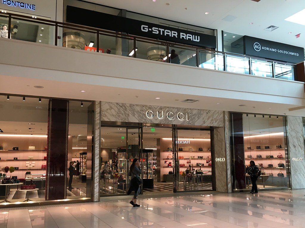 fdb71be6e The World's Best Photos of gucci - Flickr Hive Mind Prime Outlet Orlando  ...