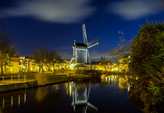 Molen De Put / Leiden 2018 (zilverbat.) Tags: canonnederland city cityscape clouds dutch leiden netherlands nightshot urban zilverbat longexposurenetherlands longexposurebynight nightphotography nightlights night mill molen reflectie reflections reflection image innercity photographybynight photography wallpaper water waterfront waterweg dusk dutchholland postcard thenetherlands holland history historic erfgoed unesco bluehour put bookcover winterlucht millbynight standerd standerdmolen