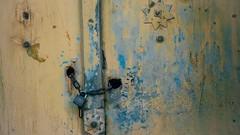 Locked (Tom Levold (www.levold.de/photosphere)) Tags: fuji fujixpro2 isfahan esfahan abstract abstrakt street door tür