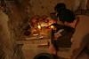 """Iluminado de la estancia con lamparas de aceite (Francisco J. Ardanuy """"Ardius"""") Tags: alfar cerámica alfarería sediles medieval pottery aragón recreación reenacment saedile arcilla barro maestro aprendiz oficio taller"""