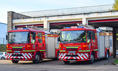 Alnwick Appliance Pair (firepicx) Tags: northumberland fire rescue service appliance 999 blue lights responding sirens nk53pzc nk53pzb