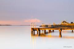 Golden Reflections! (karindebruin) Tags: thenetherlands zuidholland zonsopkomst sunrise ouddorp harbour haven goereeoverflakkee nederland water jetty reflection reflectie longexposure langesluitertijden