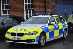 LJ17 ASV (S11 AUN) Tags: northumbria police bmw 330d 3series xdrive estate touring anpr traffic supervision supervisor car roads policing unit rpu motor patrols 999 emergency vehicle lj17asv