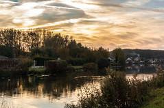 Milly sur Thérain. Oise. (roland.grivel) Tags: millysurtherain oise picardie beauvaisis etang crepuscule nuages