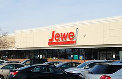 Jewel - 103rd St & Kedzie, Chicago (Cragin Spring) Tags: city chicago chicagoillinois chicagoil illinois il midwest unitedstates usa unitedstatesofamerica urban southside jewel jewelfoodstore store mtgreenwood grocerystore grocery