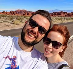 a little windy! (ekelly80) Tags: nevada lasvegas valleyoffirestatepark geology rocks redrocks drive february2018 roadtrip selfie wind windy breezy
