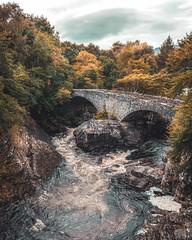 Invermoriston Bridge - Scotland (semgeerts) Tags: invermoriston bridge brug schotland scotland rivier bomen