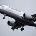 Frankfurt Airport: Lufthansa Airbus im Anflug