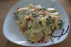DSC07008 (Kirayuzu) Tags: kartoffelauflauf auflauf kartoffeln potatoes mozzarella speck bacon brokkoli broccoli karotten carrots erbsen peas gemüseauflauf essen gericht food selbstgemacht homemade