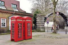 Telephone (John A King) Tags: limehouse rotherhithe tunnel telephone kiosk