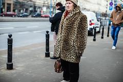 Ms. Leopard (ewitsoe) Tags: warsaw warszawa poland canon eos 50mm 6dii street urban man woman walking pedestrian cold winter streetscenes citylife life wanderign reflections polska