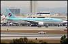 HL7574 - Los Angeles (LAX) 11.04.2003 (Jakob_DK) Tags: b772 b777200er boeing boeing777 777 b777 777200 b777200 boeing777200 777200er boeing777200er klax lax laxairport losangelesinternationalairport kal korean koreanair koreanairlines 2003 hl7574