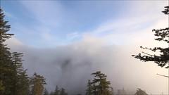 One minute over Easton Ridge (time-lapsed) (johnwporter) Tags: hiking scramble snowshoe cascades mountains nationalforest mtbakersnoqualmienationalforest kachessridge kachessbeacon littlekachesspeak 徒步 爬行 雪鞋行 喀斯喀特山脈 山 國家森林 奧卡諾根韋納奇國家森林 卡契斯脊 卡契斯燈塔 小卡契斯峯 video 影片 timelapse 縮時 timelapsephotography 縮時攝影