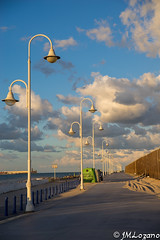 Hace el fondo (josmanmelilla) Tags: melilla nubes cielo pwmelilla flickphotowalk pwdmelilla pwdemelilla