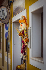 straw man 1574 (_Rjc9666_) Tags: algarve art artwork castromarim colors decoration doll nikond5100 portugal street tamrom2470f28 urbanphotography strawman ©ruijorge9666 faro pt 2050 1574