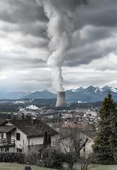 no future (Guy Goetzinger) Tags: kkw goetzinger nikon d850 clouds gösgen switzerland power plant nuclear industry kraftwerk centrale nucleaire mountains jura cloudy sky scary impressive 2018 suiza svizzera 瑞士 ruìshì арти́клем weather klima wetter temps meteo nuages