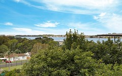 21 St Cloud Crescent, Lake Heights NSW