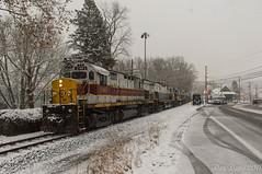 DL 2461 @ Portland, PA (Dan A. Davis) Tags: freighttrain train railroad locomotive portland pa pennsylvania dl delawarelackawanna alco c425 c630m m636 pt97