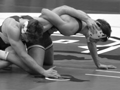 BRO-STA 149 2018-01-13 DSC_8240 s bw (bix02138) Tags: brownuniversity brownbears stanforduniversity stanfordcardinal pizzitolasportscenter pizzitolasportscenterbrownuniversity providenceri january13 2018 wrestling sports intercollegiateathletics athletes jocks ©2018lewisbrianday 149pounds 149 zachkrause jakebarry