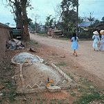 Hue 1968 - Graves of North Vietnamese soldiers -  Photo by Kyoichi Sawada thumbnail