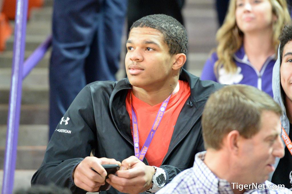 Clemson Photos: Brandon  Smith, 2018, Recruiting
