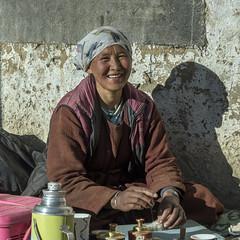 Ladakh woman felting (tmeallen) Tags: woman smiling traditionalattire felting handicrafts shadow sunshine ullay himalayas ladakh jammuandkashmir northernindia