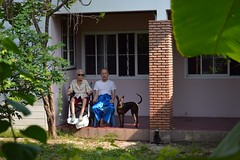 grandma and son taking the sun (the foreign photographer - ฝรั่งถ่) Tags: supim porn paul porch hersey dog wheelchair our house bangkhen bangkok thailand nikon