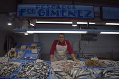 DSC_0047 (George Siniorakis) Tags: españa castellon de la plana mercado plaza iglesia pescado