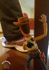 hide and seek... #Woody #Pixar #ToyStory #Disney #DisneyAnimation #Revoltech #ActionFigure #collection #coleção #Toy #hideandseek #sheriff #Cowboy #farm #sunny #andy #bestfriend #andyiscoming #ToyArt #WaltDisney #temumacobranaminhabota #thereisasnakeinmyb (dioxdiegodmf) Tags: hide costume coleção danger toy cowboyhat bestfriend disney hideandseek sheriff revoltech thereisasnakeinmyboot toyart disneyanimation temumacobranaminhabota cow actionfigure waltdisney collection play andyiscoming pixar andy woody sunny cowboy farm toystory