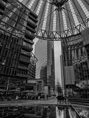 Berlin # 16 - Sony Center no. 2 (a_bygg) Tags: scyscraper architecture building people tree monochrome black white sony center germany berlin skyscraper