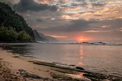 20140201-_DSC5408 (bfluegie) Tags: hawaii kauai keebeach beach ocean sunset water d90 nikond90