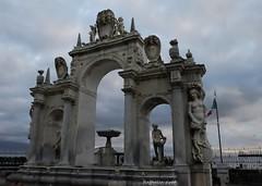 FONTANA DELL'IMMACOLATELLA NAPLES ITALY (Raffaella_Girod_filla) Tags: naplesitaly travel fujifilm mirrorless marmo monument fontanadellimmacolatella fontana urban raffaellagirod