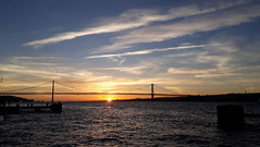369-September'17 (Silvia Inacio) Tags: lisbon lisboa almada bridge ponte portugal tagusriver river riotejo rio tejo tagus ponte25abril sunset pordosol clouds nuvens
