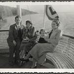 Archiv FaMUC234 Münchner Familie, Starnberger See, 1930er thumbnail
