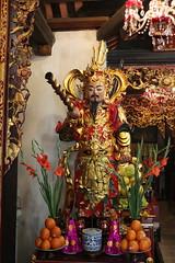 Dien Huu Pagoda (Terry Hassan) Tags: vietnam hanoi onepillarpagoda buddist budda temple offering chuamotcot dienhuupagoda statue figure guardian