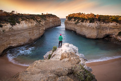 Moment At Peace || LOCH ARD GORGE || GREAT OCEAN ROAD (rhyspope) Tags: australia aussie vic victoria great ocean road sea loch ard gorge cliff water marine view vista selfie person man morning sunrise sunset beach travel tourist tourism rhys pope rhyspope canon 5d mkii sky clouds long exposure