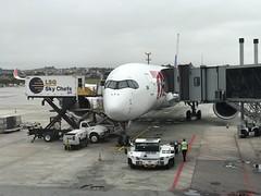 JJ A350 GRU (Luis Fernando Linares) Tags: planespotting widebody sbgr guarulhos gru brasil tam latam jj gate a359 a350 airport airbus airlines airliner aircraft airplane aviation avgeek