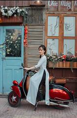 Giang 4 (Lê Đình Tuấn) Tags: áo dài ao dai chân dung portraiture ldt lđt photo
