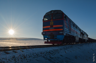 Sunrise time & locomotive 2TE116UD-077...