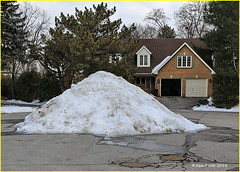 180218 Thornhill (11) (Aben on the Move) Tags: thornhill ontario canada cemetery walk outdoors toronto winter snow homes street path