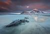 The moment (Paco Conesa) Tags: 2017 lofoten sea clouds nordland noruega snow beach rocks paco conesa canon