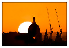 Dawn over St Pauls Cathedral (rc-soar) Tags: stpauls dawn primrosehill skyline cathedral orange pentaxk70 da55300plm