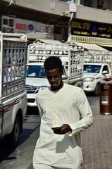 Dubai, January 2018 (Waldek Przybylek) Tags: man market targ mężczyzna dubaj dubai emirates emiraty