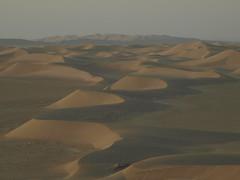 P9275202 (bartlebooth) Tags: varzaneh esfahanprovince isfahanprovince iran persia middleeast desert dunes sand iranian sunset olympus e510 evolt silkroad persian