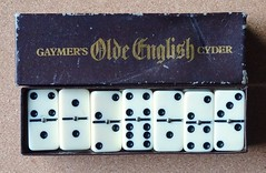 Gaymer's Olde English Cyder Dominoes 1960s? (Cold War Warrior) Tags: gaymer's cider breweriana dominoes games cyder