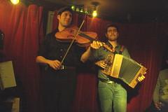 I Fratelli Tarzanelli (2018) 01 (KM's Live Music shots) Tags: worldmusic france italy ifratellitarzanelli baltazarmontanaro pablogolder baritoneviolin 5stringviolin violin diatonicaccordion accordion folkonmonday greennote